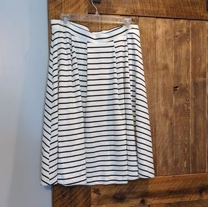Elle striped pleated skirt